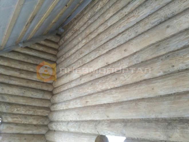 Обработали деревянный дом из бруса
