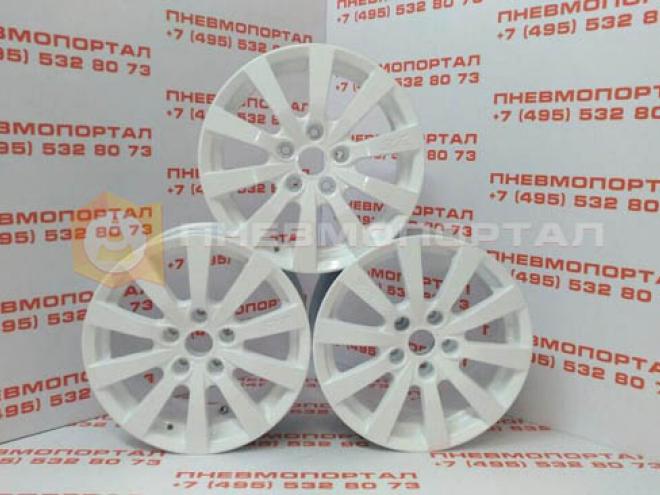 Произвели покраску автомобильных дисков в белый цвет