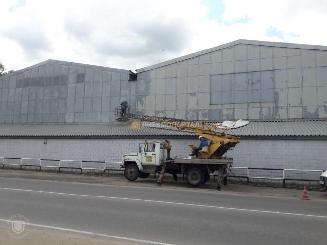 Пескоструйная обработка металлического ангара в п. Быково, Раменский район